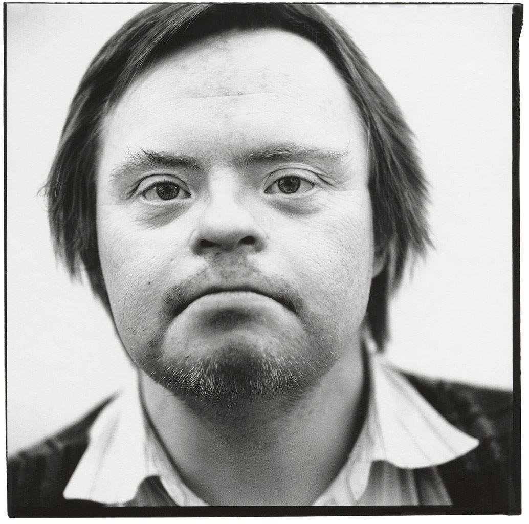Schlumper Künstler Portraitfoto in schwarz weiß © Hermann Jansen