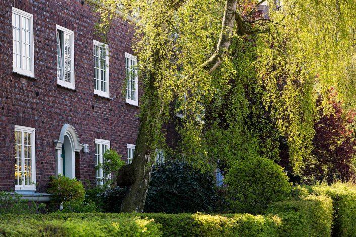 Wohnanlage der Bg Fuhlsbüttel Eingang mit Begruenung© Hermann Jansen